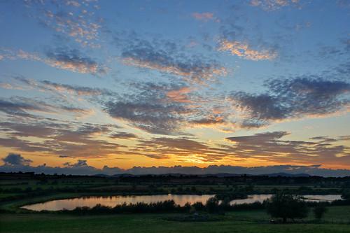 sunset sky clouds reflections ngc tokina1224 gloucestershire malverns tewkesbury