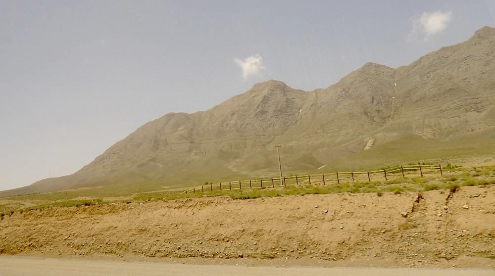 yazd-shiraz-L1020892