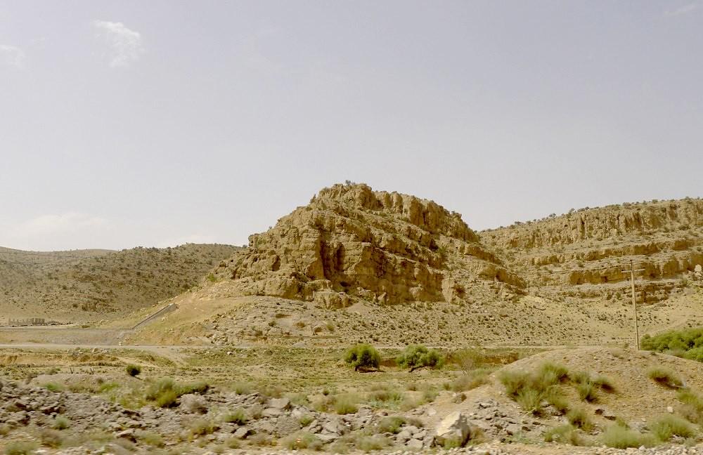 yazd-shiraz-L1030115