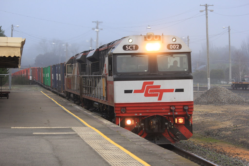 SCT002 and SCT006 snake there way through Ararat on an up Horsham container service by bukk05