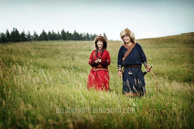 inner-mongolia mongolian young couple wedding photo