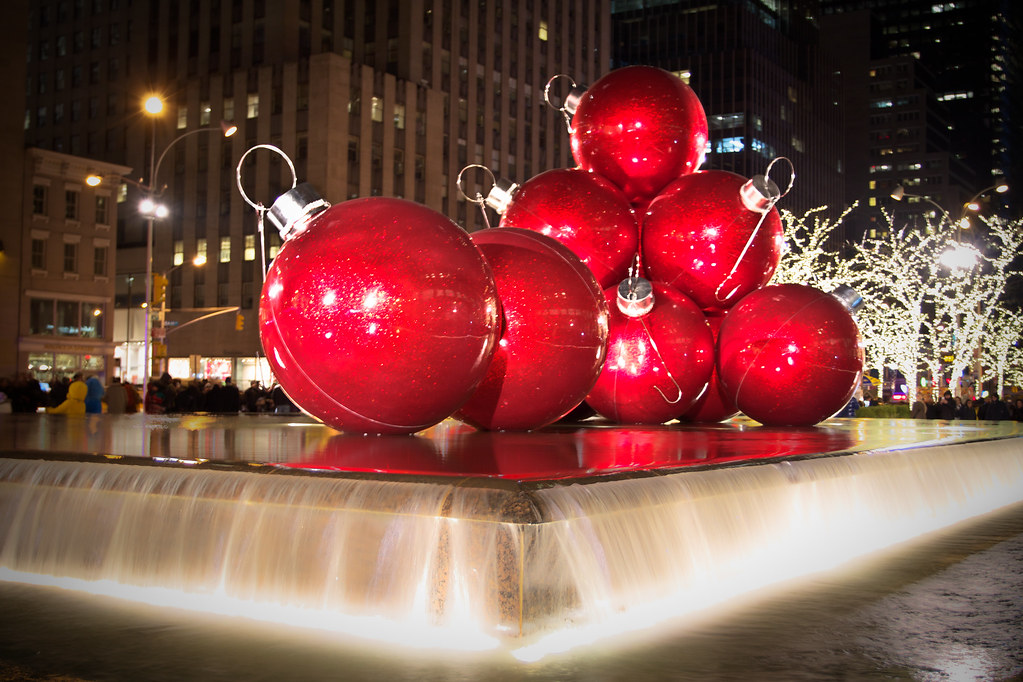 Giant Christmas Ornaments Www Cosmo Photography Com Flickr