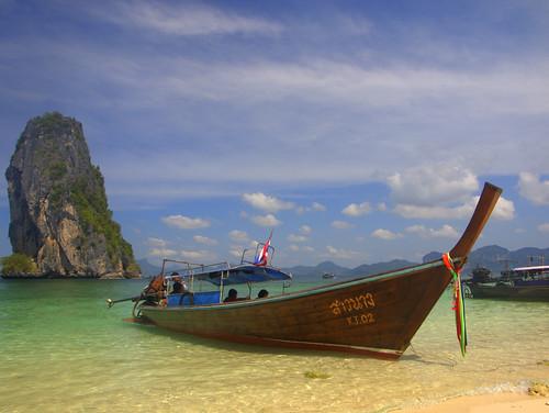 Boat on the beach / Krabi / Thailand / 28.01.2012 | by mksystem