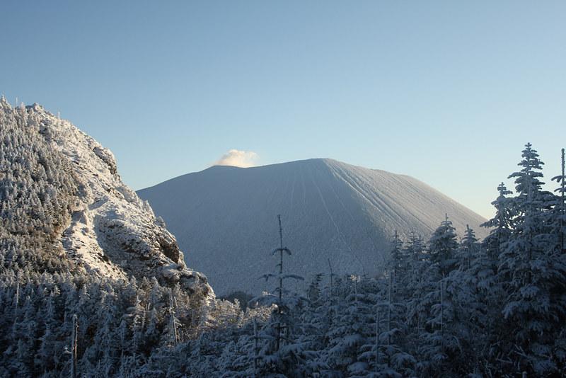 冬の浅間山登山