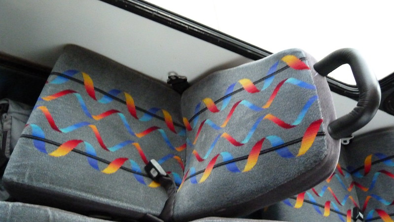Yes, Island Transit has seatbelts!