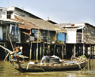 Floating village near Can Tho (Vietnam 2001)