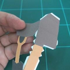 วิธีทำโมเดลกระดาษ ตุ้กตาไลน์ หมีบราวน์ ถือพลั่ว (Line Brown Bear With Shovel Papercraft Model -「シャベル」と「ブラウン」) 012