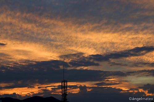 ángelmartínmateo elejido almería andalucía españa crepúsculo atardecer luz nubes cielo antena spain twilight evening sky light clouds antenna ángelmateo