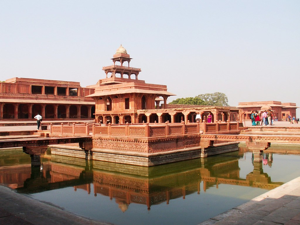 Fatehpur Sikri tourist places in Agra