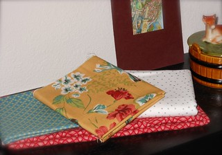 Swoon (rl) - Fabrics for Mustard Bird