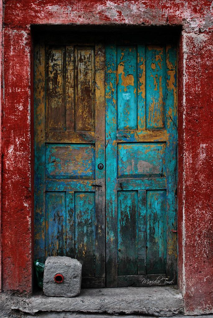White House Wood Door