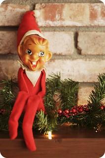 Week 48 EDIT Holiday/Christmas: Vintage elf