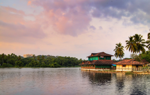 sea lake water sony kerala veli trivandrum floatingrestaurant slta35