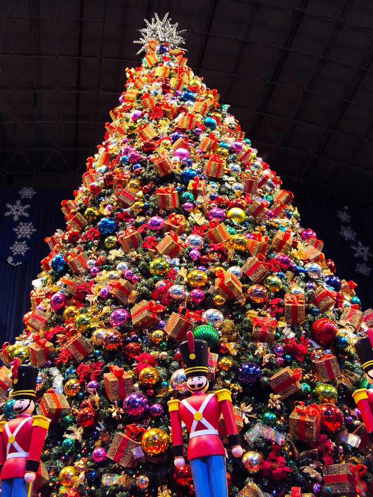 Navy Pier Christmas The Humongous Tree From Winter Wonderf