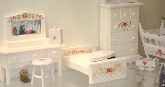 """Dollar Store"" mini furniture makeover!"
