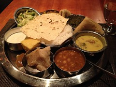 木, 2012-01-05 13:56 - Lunch Thali
