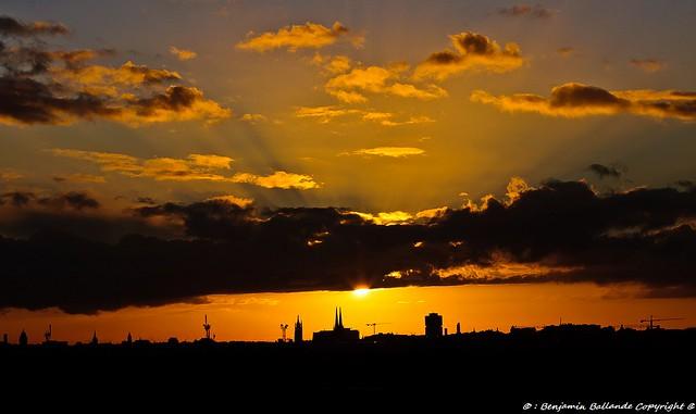 DSC_0200Sunset : Bordeaux : France : 01 /2012
