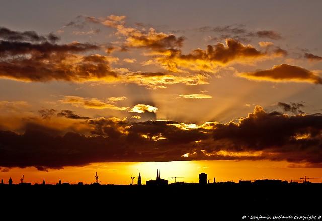 Sunset : Bordeaux : France : 01 /2012