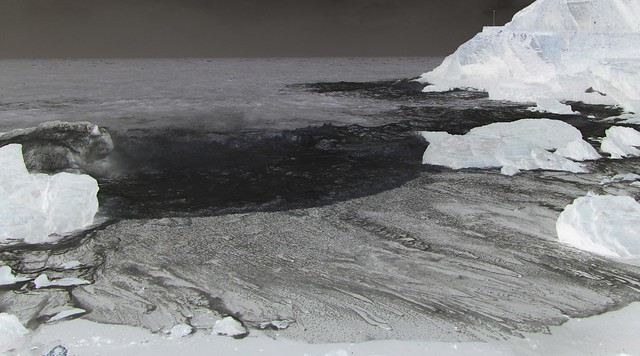 Oil spill in the Arctic!