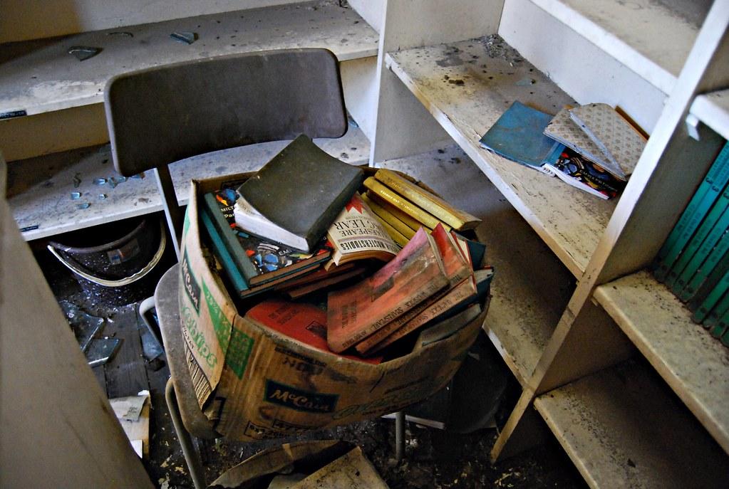 Pudsey Grangefield School-15, Box of books | One wonders how… | Flickr