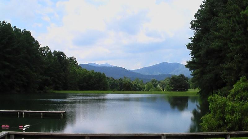 Nature: Virginia Lake and Mountains (pingnews)