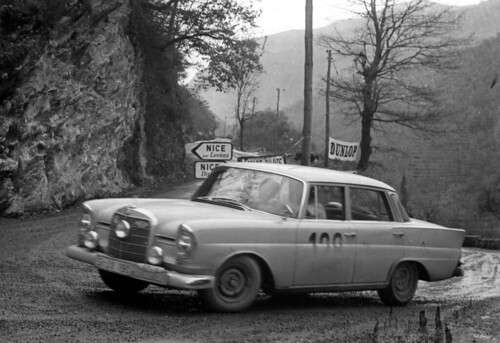 Mercedes Benz 220SE 1960 Monte Carlo Rally Press Photo