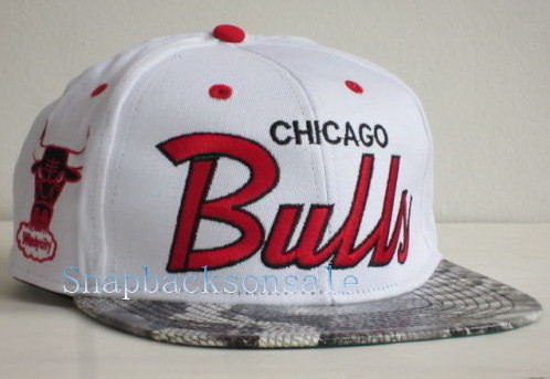 f88f1670341 ... NBA Mitchell   Ness - Chicago Bulls Snakeskin Snapbacks Hats White