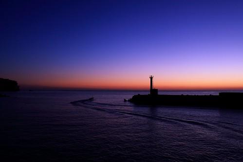 sea sky lighthouse sunrise fishingboat 海 日の出 朝焼け 漁船