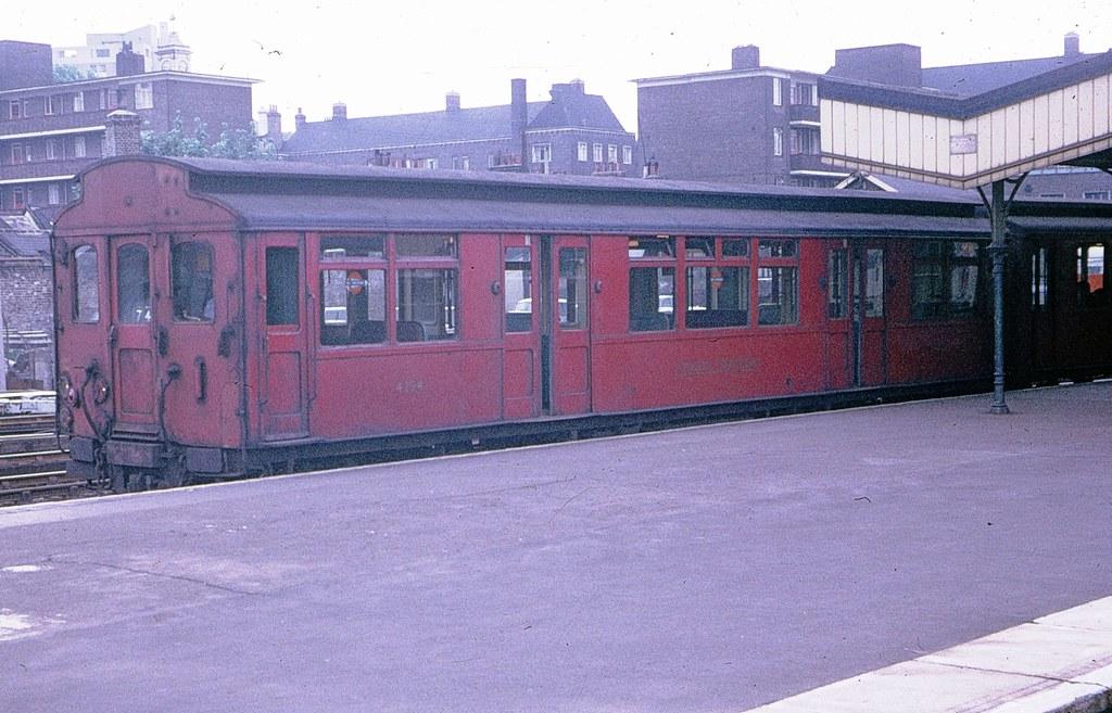 6432492425 dedcf2b4cf b - The East London Line: Ten years on...