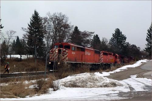 canada train bc railway cpr freight castlegar hotshot sd402 ac44cw sd402f cp6053 cp8627 p1150895 cp9006