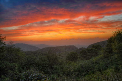 mountains nature sunrise landscape nikon northcarolina hdr blueridgeparkway graveyardfields photomatix tonemapped nikond90 yellowprong