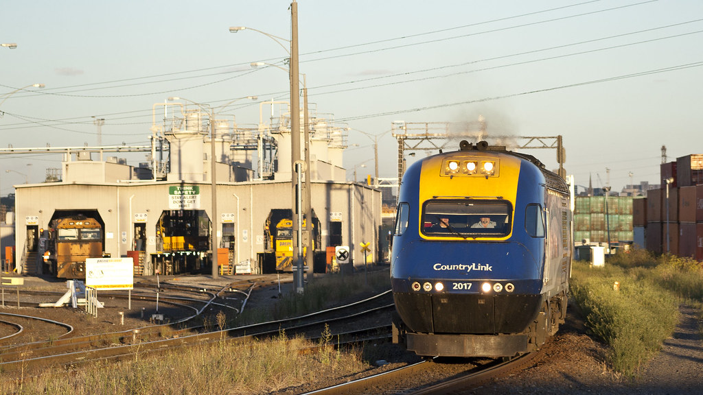 Sydney-bound XPT by michaelgreenhill