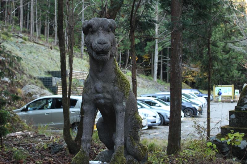 武甲山狛犬