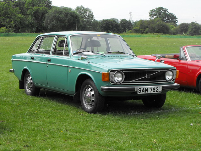 Volvo 144 - SAN 762L