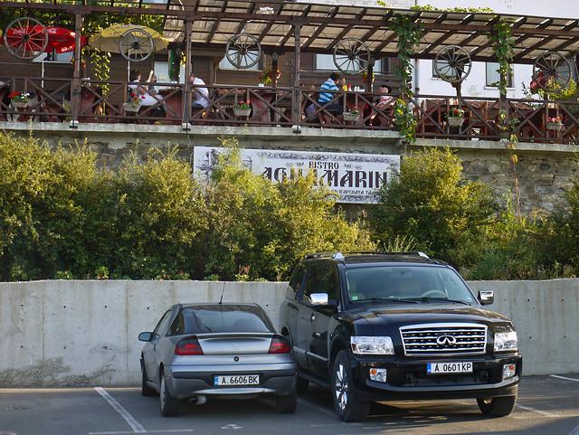 Opel Tigra vs. Infiniti QX56
