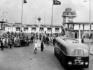KLM Schiphol 1613, Schiphol-Oost (1951)