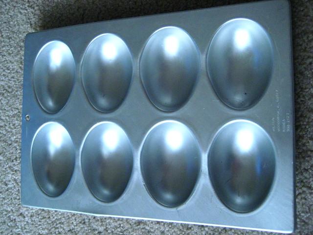 Wilton Egg Pan- $5