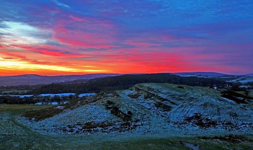 greatbritain winter sun sunrise dawn landscapes frost frosty views sunup flintshire northwales denbighshire gwernymynydd moelfindeg kevinhughes