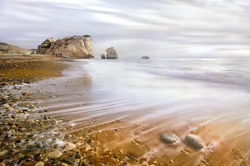 reflection beach water rock clouds landscape tou island long exposure day venus place cloudy birth petra cyprus pebbles foam aphrodite paphos limassol romiou πετρα κυπροσ λεμεσσοσ παφοσ αφροδιτη ρωμιου