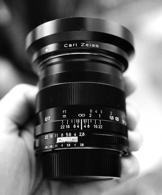 Zeiss Distagon 2.8/25mm ZF