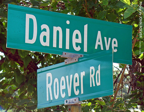 summer sign streetsign july kansas rileycounty 2011 danielavenue july2011 roeverrd danielave roeverroad