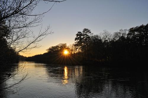sunset sun reflection water silhouette river nikon wideangle tokina chattahoochee uwa