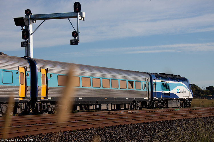 Melbourne bound XPT 2000 with ST23 at Donnybrook loop by Dan Hancock