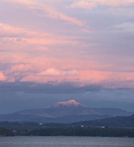 sunset vermont camelshump lakechamplain alpineglow