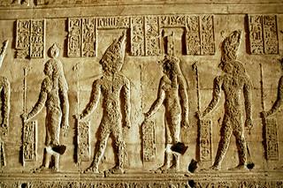 Mother godesses (Nut, Osiris, Isis, Horus)  Morsgudinner