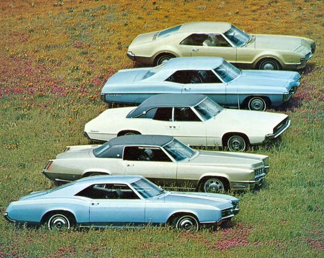 1967 Buick Riviera, Cadillac Eldorado, Ford Thunderbird, Pontiac Grand Prix and Oldsmobile Toronado