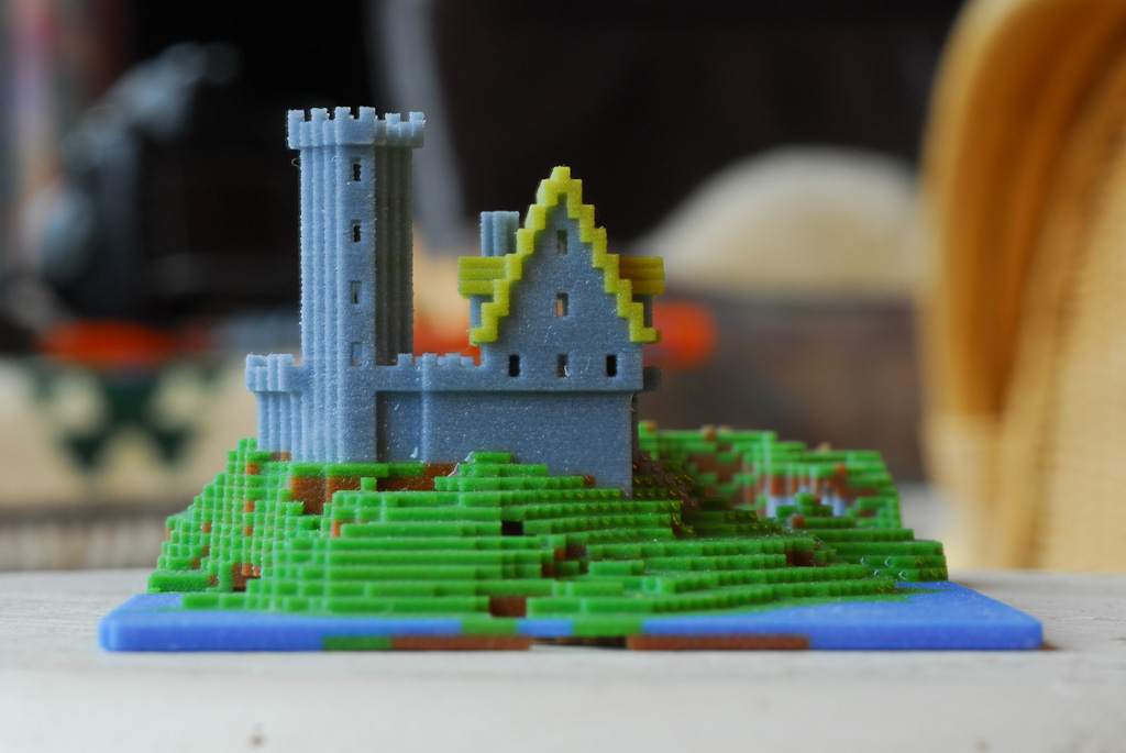 Minecraft Miniature Castle (side view) | Another 3D print ...