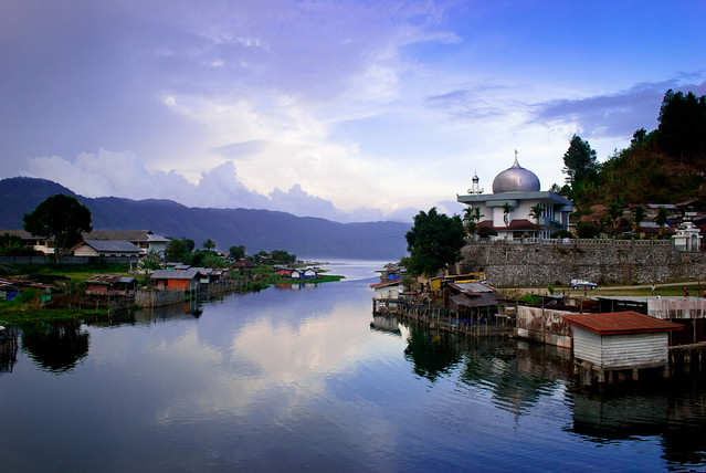 Aceh, view on Takengon and Laut Tawar lake.