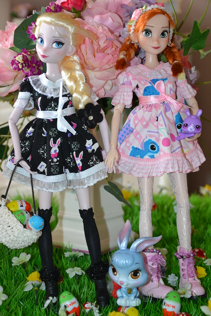 ♥ ♥ ♥ Elsa, Anna and Berry wish you a Happy Easter ♥ ♥ ♥