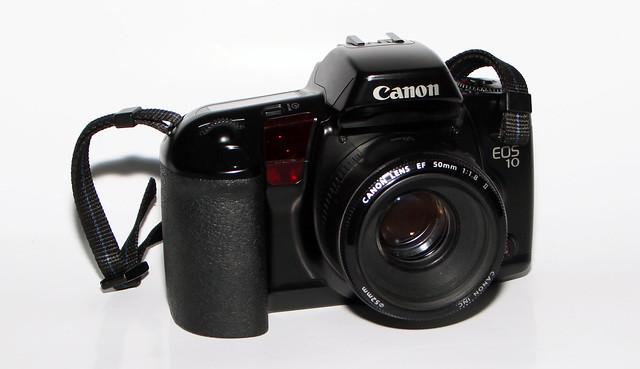 811.Canon EOS10